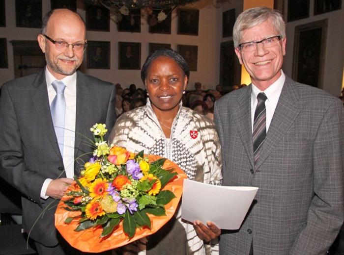 Dr. Klaus Flohr, Catherine Flohr, Mayor Burkhard Jasper
