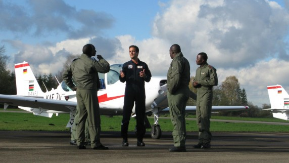 Thomas Reinert and Kenyan air forces pilots