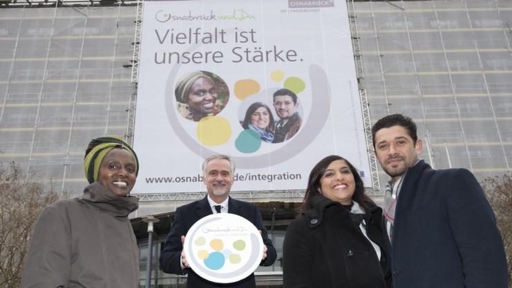 Osnabrück und Du Hellen Nintemann, OB Wolfgang Griesert ,Betül and Cemil Dinler