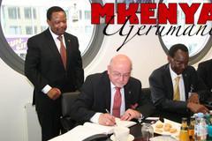 Prof. Ndirangu Kioni, Präsident der DeKUT; Amb Osinde; Prof. Dr. László Unvári
