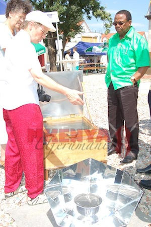 Jutta Solarcooker, Ken Osinde