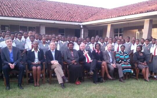 Günter Nooke at the Kenya High School, Ivy Mwai, Mrs Saina, Mrs Mugendi
