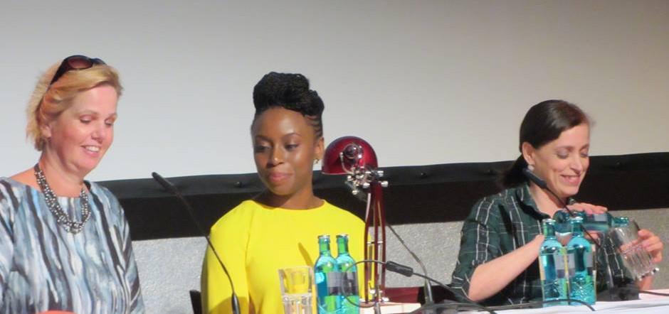 Chimamanda Ngozi Adichie in Prenzlauer Berg Berlin 1