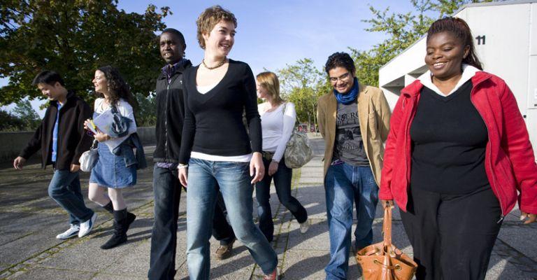 Students, International group